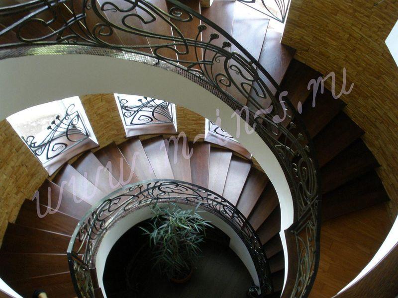 Роскошь деревянной лестницы
